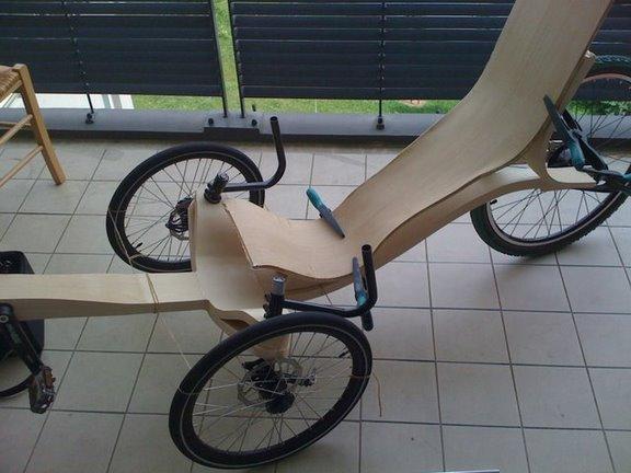 tricycle en bois. Black Bedroom Furniture Sets. Home Design Ideas